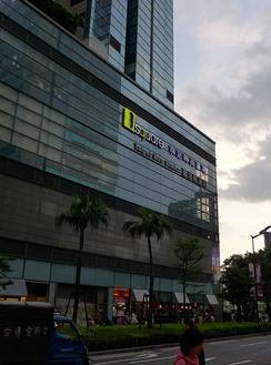 淡水信義線・板南線「台北駅」徒歩2分 29,400台湾ドル/月【3DT052】 29,400台湾ドル/月(3ヶ月以下の短期の場合の家賃。3ヶ月以上は割引あり。)